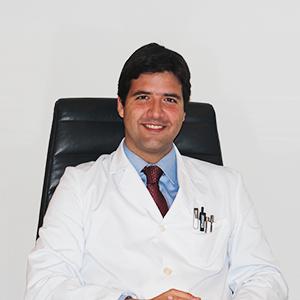 Dr. Manuel González Correa